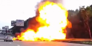 Nunca conduzcas una cisterna de gasolina a alta velocidad