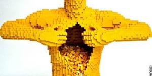 Esculturas: Verdaderas obras de arte hechas con Legos por Nathan Sawaya