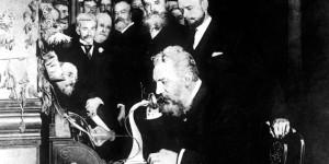 La historia sobre cómo se inventó el teléfono