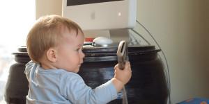 ¿A qué edad se puede regalar un smartphone o tablet a un niño?