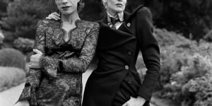 Mick Jagger vestido de mujer en una extraña fotografía